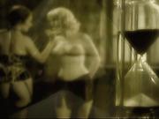 Lesbian corset fantasy set in 1920s Berlin