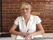 Mrs. Leigh (ANAL)